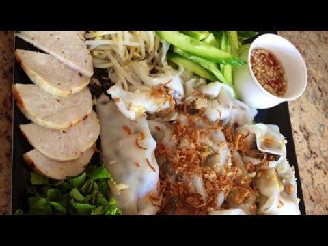Banh cuon ( Vietnamese steam rice roll)