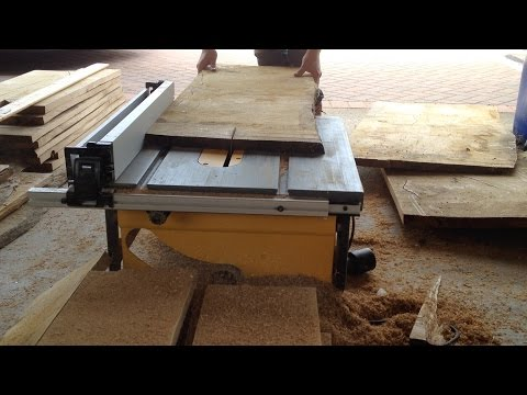 How to get a square edge using a table saw. (making oak flooring for the roundhouse)