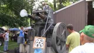 HUGE FAIRBANKS MORSE MODEL 32 ENGINE RUNNING