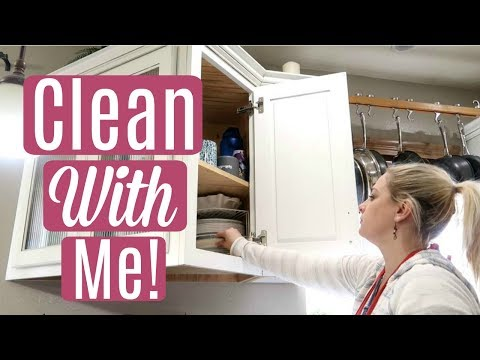 CLEAN WITH ME / Tidy Up & Laundry
