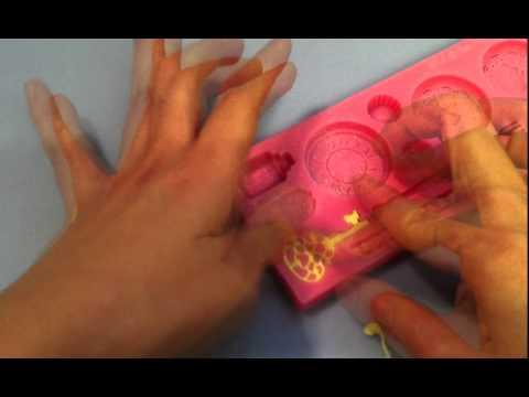 Wonderland fondant cake mould - Key Tutorial Video - Zee Chik Designs