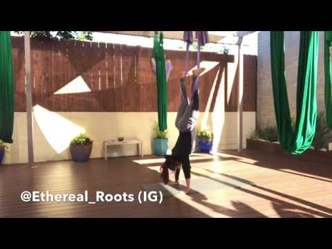 1 minute aerial (yoga) fitness tutorial on silk hammock (#fitflow)