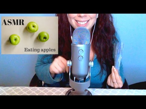 ASMR *Eating Sounds* Eating Apple slices, Mouth sounds