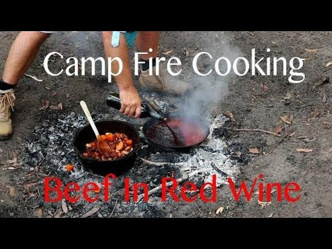 Beef in Red wine in the camp oven | TheHookandTheCook