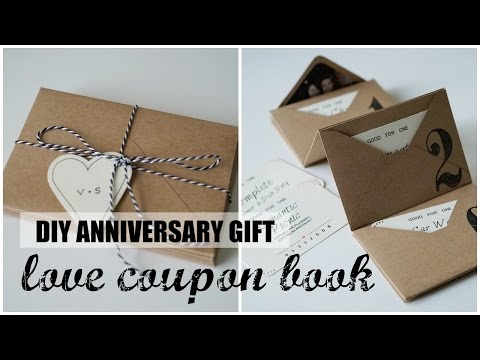 DIY Accordion Envelope Book | Anniversary Love Coupons | Free Printables