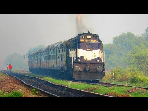 Udaipur to Khajuraho 19666 Exprs burns the tracks with dark ABR ALCo