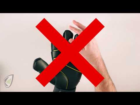 How to Determine If Your Goalkeeper Glove Fit Correctly?