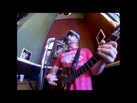 Lay Down Sally -Clapton/Detroit/Terry cover solo live at Potbelly in Baltimore