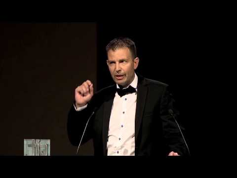 Jeff Booth Wins BC Technology Person of the Year Award | BuildDirect