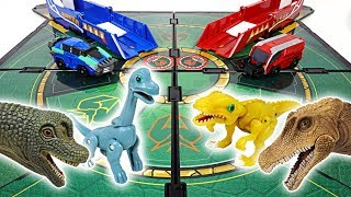 Dino Mecard tiny dinosaur duel in battlefield! Capture car, shooter, Mega tyranno! - DuDuPopTOY