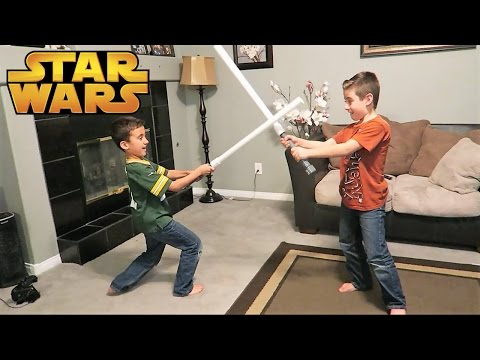 HOW TO MAKE A PVC LIGHTSABER | DIY | PHILLIPS FamBam HowTo