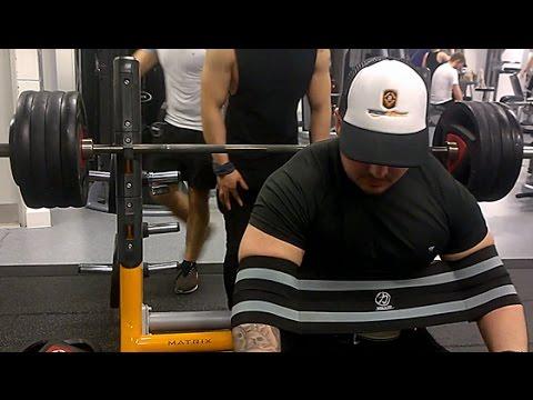 420lb (190kg) Bench Press with SlingShot