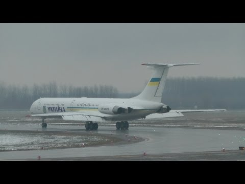 Ukraine Government Ilyushin Il-62 takeoff in rain
