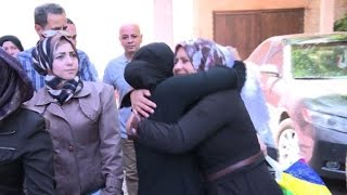 Hundreds of detainees from Damascus prisons freed: minister