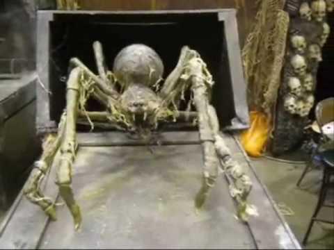 Crate Spider Professional Halloween Haunted House Animatronic Prop