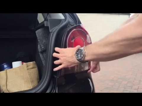 How to change rear side light bulb VW Polo MK4