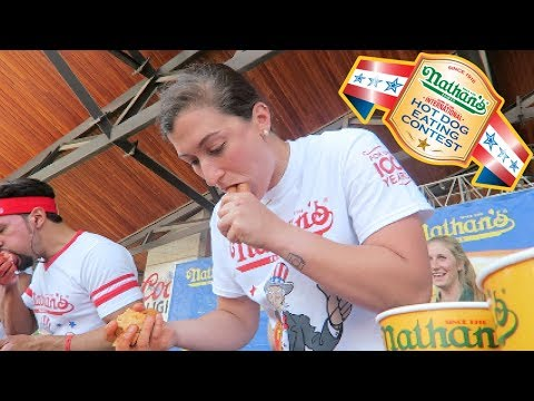 2018 Nathan's Famous Hot Dog Eating Contest Qualifier | Des Moines, IA