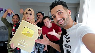 YouTube NEW GOLD PLAY BUTTON