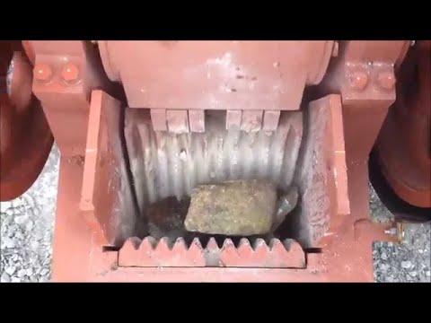 MBMMLLC.com: Crushing granite with a jaw crusher