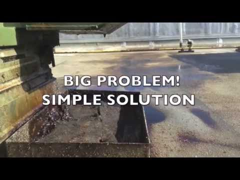 Using DRIPLOC Oil Absorbent To Clean Up Restaurant Rooftop Grease Spill