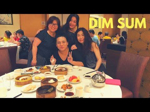 Singaporean favorite pass time - eat dim sum