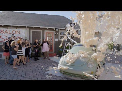 Insane Elephant Toothpaste Explosion Experiment | Street Science