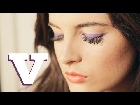 Perfect Makeup for A Tan With Binky Felstead: Binky's Boutique S03E6/8