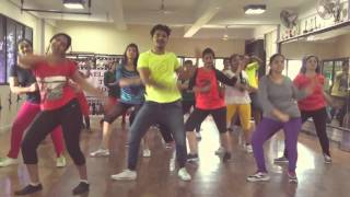 Subha Hone Na De Full Song from Desi Boyz -Zumba with Rahul