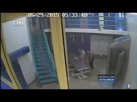 Deputy saves inmate