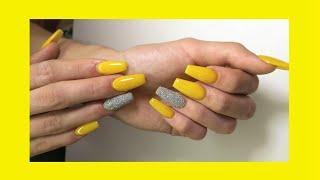 Uñas En Color Amarillo