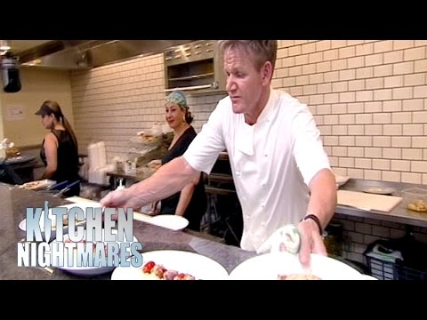 Chef Ramsay Delivers A Cooking Masterclass | Kitchen Nightmares