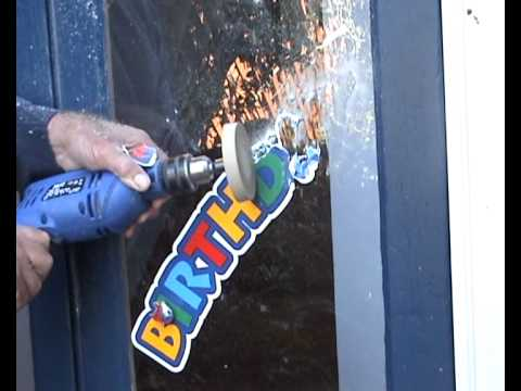 Remove Decal, Stickers and Vinyl Letters from Glass or Shop Window