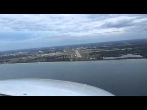 Approach into Venice, Florida airport