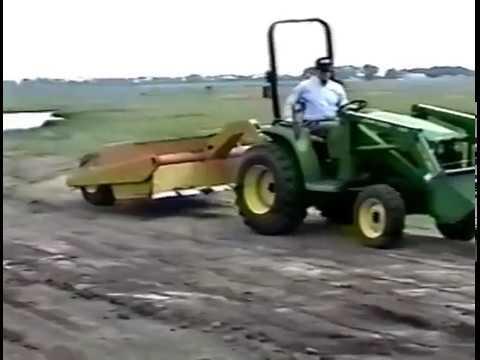 Hoelscher Compact Dirt Scraper and Mover