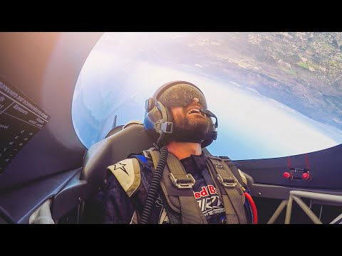 Here's What It's Like To Fly A RedBull Air Race Plane!