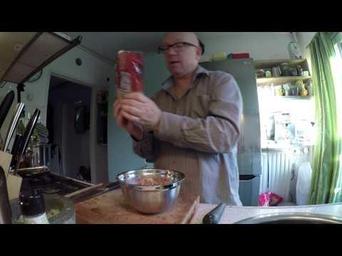 Hoe maak je gebakken sambal (badjak) met verse ingrediënten zonder E-nummers