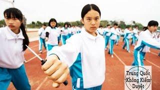 Nữ Sinh Trung Quốc được Huấn Luyện để Giết Người!   Trung Quốc Không Kiểm Duyệt