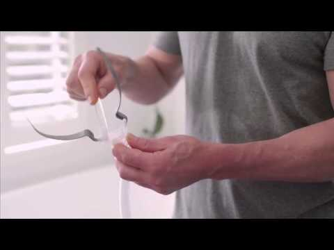 How to clean and assemble your AirFit™ P10 nasal pillows CPAP mask