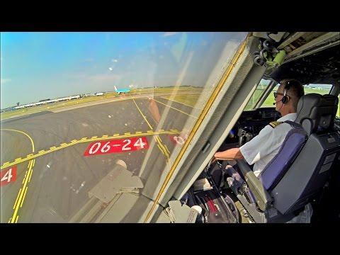 MD-11 Take-Off Schiphol - Timelapse, Martinair Cargo