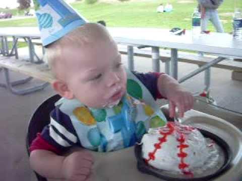 yummy baseball cake