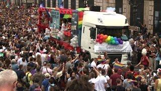 Paris gay pride calls for universal reproductive rights