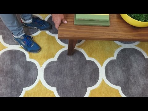 How to Remove Dents From Rugs
