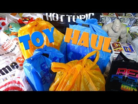 TOY HAUL MARCH 2018 - Toys R Us, GameStop, Target, Walmart, Hot Topic READY PLAYER ONE