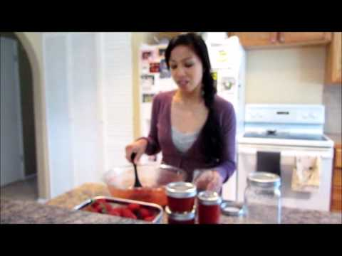 DIY: How To Make No Cook Freezer Strawberry Jam