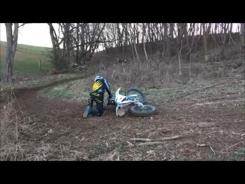 HOW TO MAKE A DIRTBIKE TRACK!!