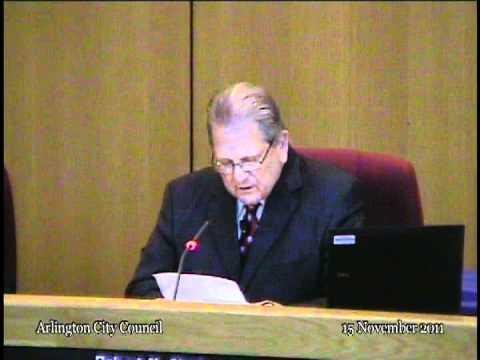 NEWS 11/15/11 - Mayor Cluck reads Gene Patrick's resignation letter