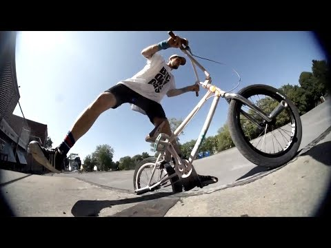 the best street biking video ever (20 a G) ** IN THE HOOD **
