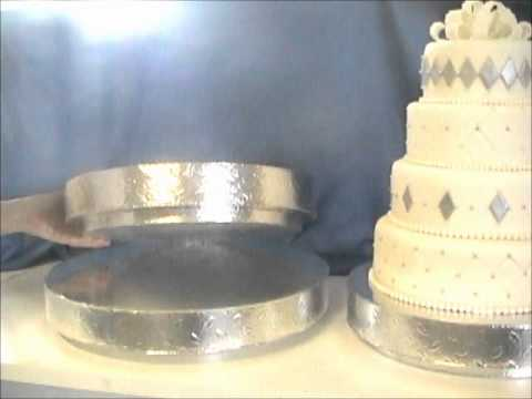 Wedding Cake Stands - Affordable & Inexpensive