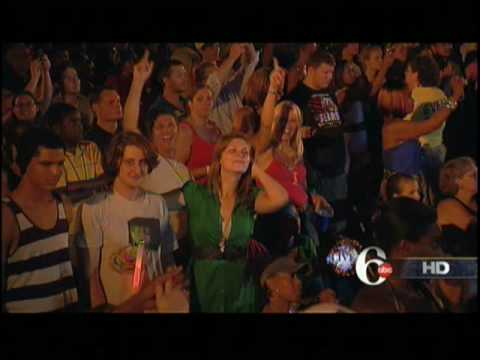 Goo Goo Dolls NEW SONG Slide Philadelphia Live 07/04/2010 2010 throws Guitar wrong Guitar