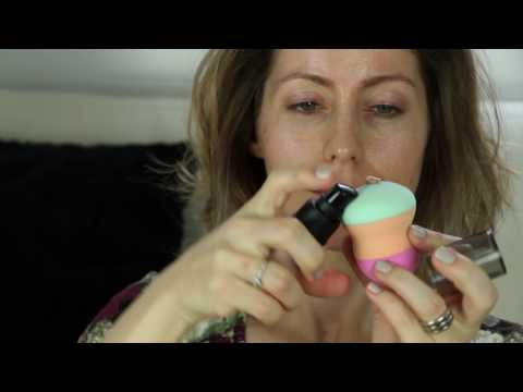 How to apply foundation with a sponge (for beginners)